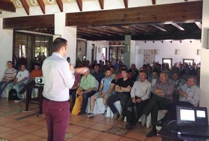 700 personas han participado en las jornadas técnicas gratuitas de Bet Solar en 2016