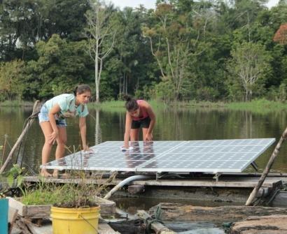 Amazonas: Sistemas fotovoltaicos para poblaciones aisladas