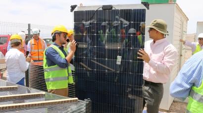 Atacama: Comienza la construcción de sistemas fotovoltaicos para investigar tecnologías bifaciales para zonas desérticas