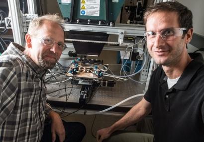 Una célula fotovoltaica desarrollada en NREL alcanza casi el 50 % de eficiencia
