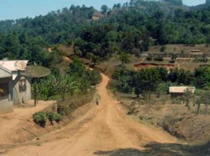 EGL participa en la electrificación renovable en Camerún
