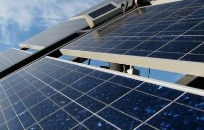 España, agosto de 2019: crece la producción de electricidad de origen solar un 28%; baja el precio de la electricidad un 30%