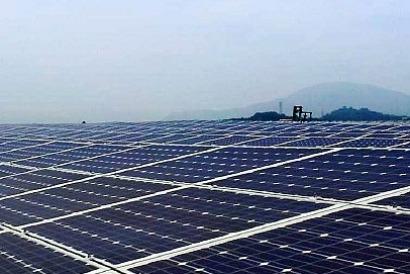 El fondo Macquarie anuncia su primera operación en el mercado solar español