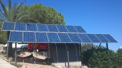 Fotovoltaica aislada para alimentar farolas solares LED en Baleares