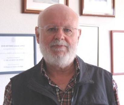 Rusia elige a Antonio Luque para montar un proyecto solar