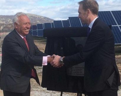 """La multinacional española FRV inaugura en Australia """"la mayor planta solar en operación del país"""""""