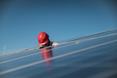 Antofagasta: Sol del Desierto, de 244 MWp será construido por la española Prodiel