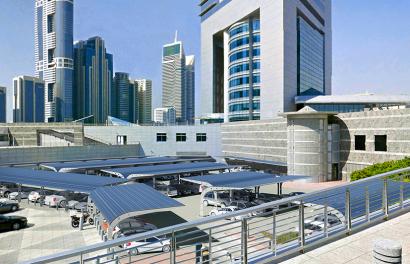 La andaluza TSO lleva sus paneles flexibles a Dubái