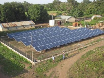Proinso dona tres kilovatios pico fotovoltaicos a un centro antilepra de Benin