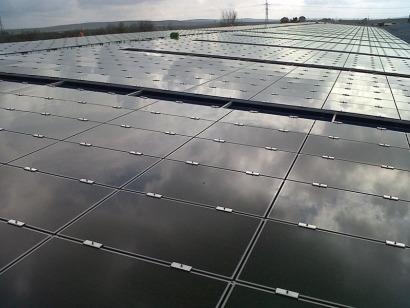 Parques Solares de Navarra inaugura su primer tejado FV en Andalucía