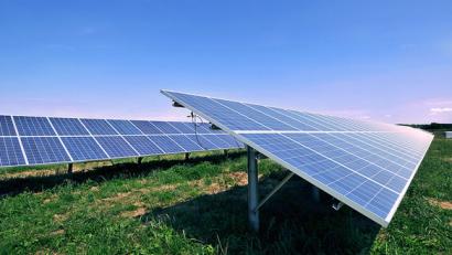 La china Sungrow se alía con Solaria para desarrollar 400 MW en España