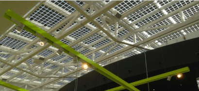 Moda y fotovoltaica se alían en Valencia