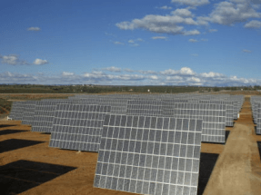 Abengoa reactiva la construcción de la planta fotovoltaica de Atacama