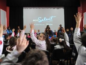 La Plata: Inauguran el primer cine en Latinoamérica que funciona con energía solar