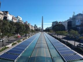 Buenos Aires: Paneles fotovoltaicos en las estaciones del Metrobus
