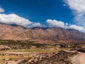 Salta: Licitan una red para dar electricidad a partir de una planta fotovoltaica a ocho comunidades originarias