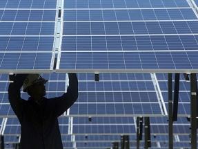 La caída de costes de la eólica, la solar y el almacenamiento están poniendo contra las cuerdas a los combustibles fósiles