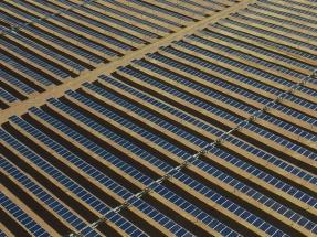 La española Gas Natural Fenosa compra dos proyectos fotovoltaicos de Canadian Solar