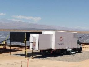 Los módulos del parque fotovoltaico El Romero Solar son inspeccionados por el PV Mobile Lab de Enertis