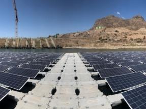 En operaciones la primera planta flotante fotovoltaica del país, única en el mundo en su tipo