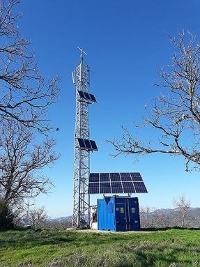 Misión: sustituir los grupos diésel 24 horas por sistemas con energía solar