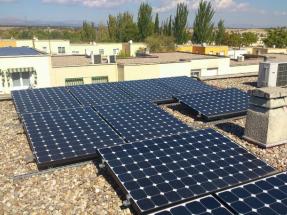 Apostar por la energía solar permitiría a los municipios madrileños obtener beneficios millonarios