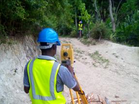 L'Azile: Bombeo solar fotovoltaico para recuperar el sistema de agua potable