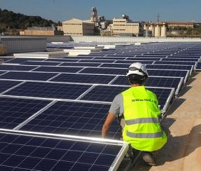 Cataluña aprueba un Decreto Ley que desbloquea el desarrollo de la fotovoltaica y la eólica