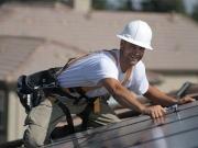 La solar fotovoltaica vuelve a reventar su techo