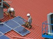 Industria le baja la retribución a las renovables un 30%