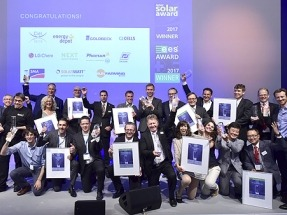 Solarwatt gana el 'ees Award 2017' con su batería MyReserve Matrix