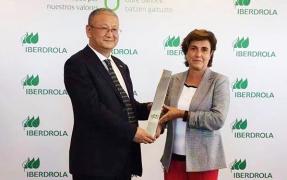 LONGi Solar recibe el 'Premio al Mejor Proveedor de Equipos' que concede Iberdrola