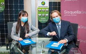 Chint Energy y Sisquella Grup firman un acuerdo para llenar de fotovoltaica las cubiertas de naves industriales del Vallès