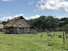 El proyecto Luz en Casa Amazonía lleva electricidad a partir de fotovoltaica a 30 comunidades indígenas