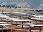 Abengoa vende cuatro plantas fotovoltaicas a Vela Energy
