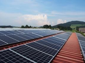 Más paneles reciclados = más materiales valiosos recuperados para su reutilización
