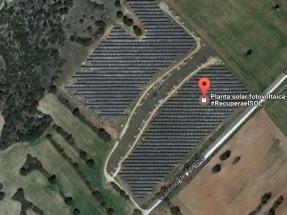 Se buscan microinversores para mantener operativa una instalación solar fotovoltaica sobre cubierta