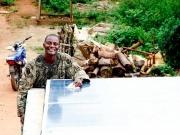 Schneider pone en marcha un plan de electrificación rural en Nigeria