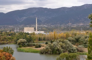 """Greenpeace exige a Industria el fin del """"espectáculo"""" de Garoña"""