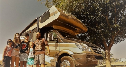 EEUU: Un chileno inicia con su familia un tour geotérmico por el Cinturón de Fuego del continente americano