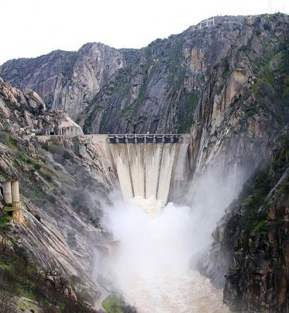 Las hidroeléctricas fijan hoy un nuevo precio máximo de la luz