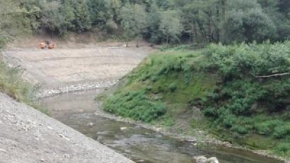 La Agencia Vasca del Agua concluye la obra de restauración del cauce del río Leitzaran tras la demolición de la presa de Inturia
