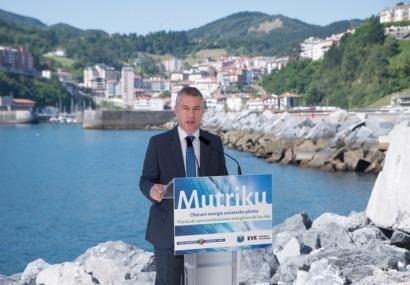 La emblemática instalación de aprovechamiento de la energía de las olas de Mutriku cumple cinco años
