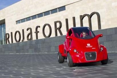 La Universidad de La Rioja presenta su prototipo de coche eléctrico