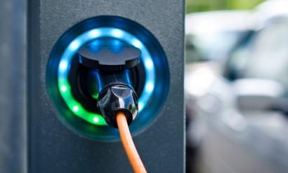ARGENTINA: YPF anuncia la instalación de puestos de carga rápida para vehículos eléctricos en su red de estaciones de servicio