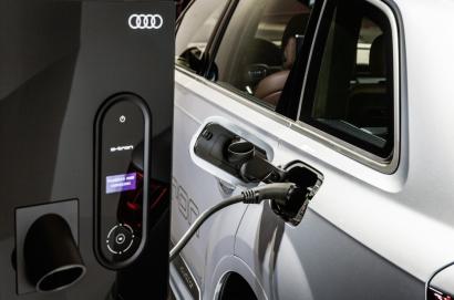 Automóvil, hogar y energía solar combinados para formar una red de energía inteligente