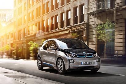 Toda la oferta de coches eléctricos e híbridos enchufables