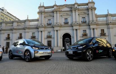 CHILE: Adjudican vehículos eléctricos para el Presidente y algunos ministros