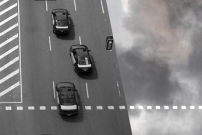 Los fabricantes de automóviles están retrasando la venta de modelos más eficientes