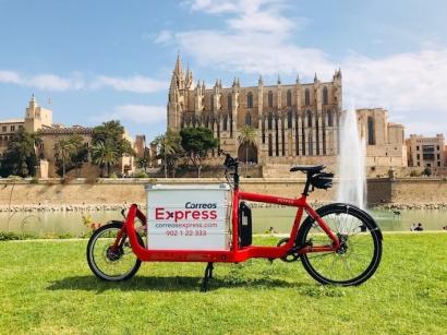 Correos Express inicia un proyecto de reparto con vehículos más sostenibles